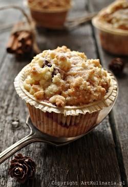 Muffiny ze śliwkami, kruszonką i cynamonem