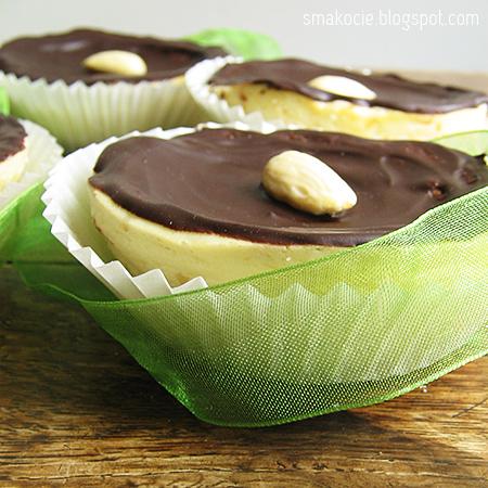 Babeczki – mini serniczki z czekoladą