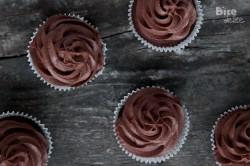 Babeczki z czekoladowym kremem mascarpone