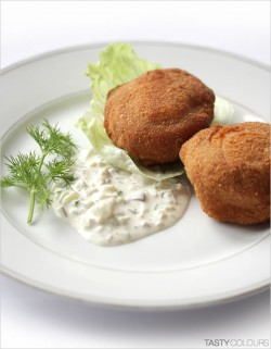 Breaded Button Mushrooms Stuffed with Sheep�s Cheese