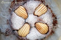Brownie czekoladowe z gruszką