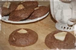 Ciasteczka kakaowe z jabłkiem – brownie na jeden kęs