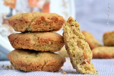 ciasteczka z cukinią i orzechami
