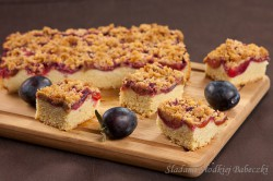 Ciasto śliwkowe z cynamonową kruszonką