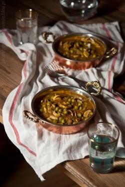 curry z groszkiem