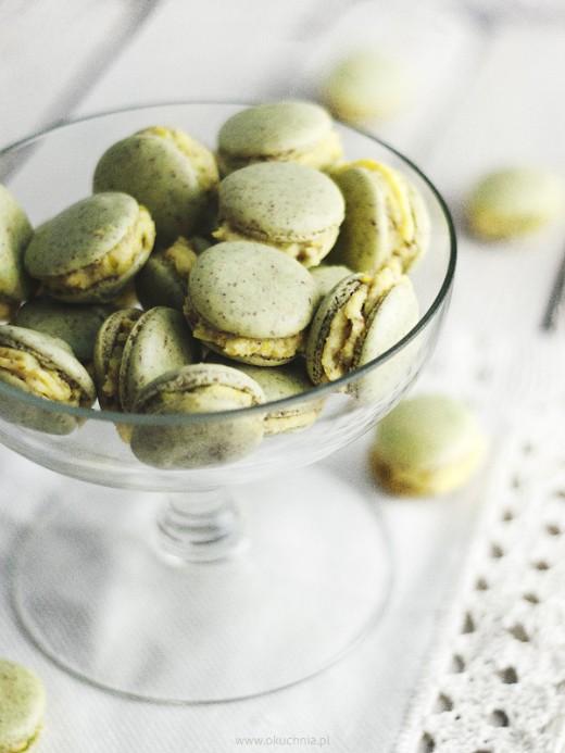 Francuskie makaroniki z kremem pistacjowym