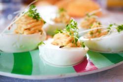 Jajka faszerowane.