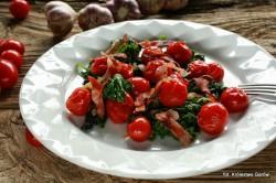 Jarmuż z pomidorkami