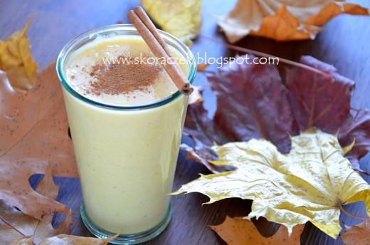 Jesienny koktajl dyniowo-bananowy