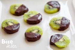 Kiwi w czekoladzie z Malibu