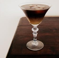 Koktajl kawowo-orzechowy na leniwe niedzielne popołudnie | Silver Teaspoon