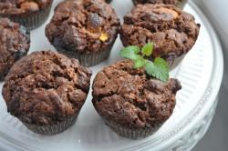 Muffinki z cukinią i białą czekoladą