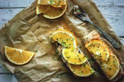 Łosoś z pomarańczą i tymiankiem