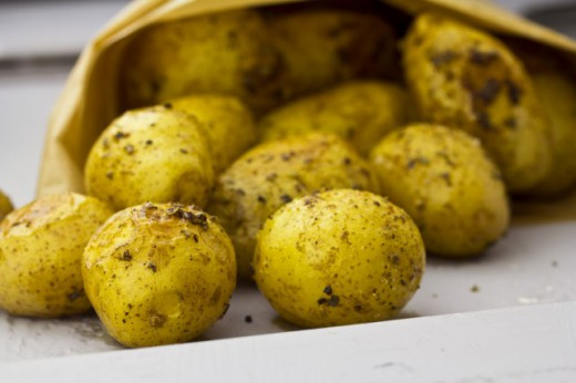 Pieczone Ziemniaki z Dipami