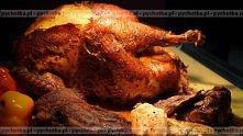 Pieczony kurczak z listkami szałwi