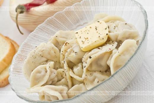 Pierogi z serem i szynką