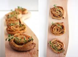 Pikantne ślimaczki czyli ciasto drożdżowe z farszem cebulowym