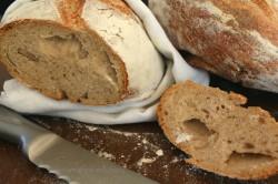 praktyczny przewodnik jak upiec chleb na zakwasie