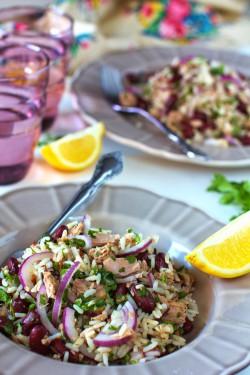 Sałatka z Ryżem, Fasolą i Tuńczykiem