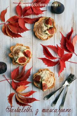 Tartaletki z mascarpone i figami