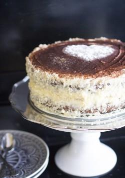 Tort kawowo-migdałowy