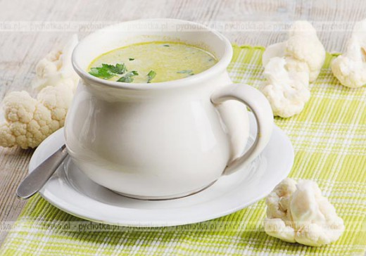 Zupa kalafiorowa ( wiosenna )