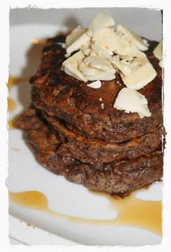 czekoladowe placuszki z makiem i białymi michałkami