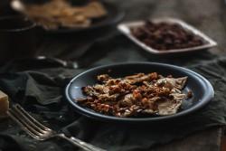 Dyniowe ravioli z sosem orzechowym