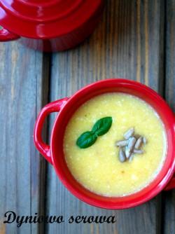 Dyniowo serowa zupa