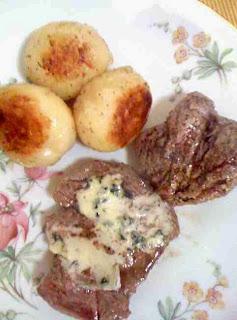 Wołowina z serem pleśniowym