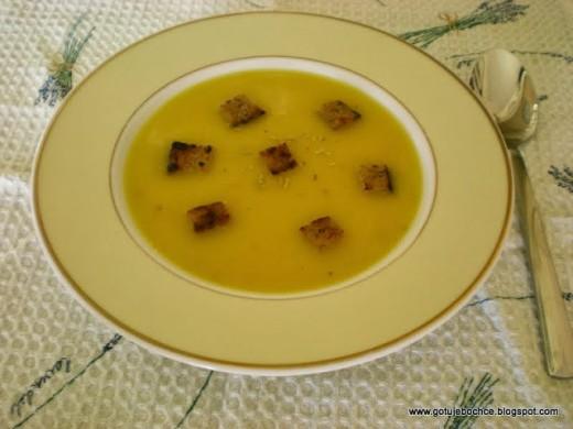 Zupa krem z żółtej papryki