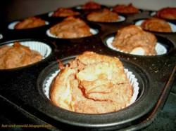 Wegańskie muffiny z jabłkami i cynamonem z mąki gryczanej i ryżowej