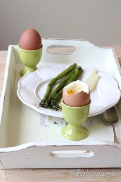 jajka i szparagi