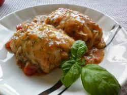 Gołąbki w sosie pomidorowo-koperkowym