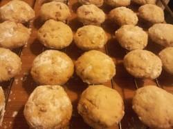 Szwedzkie kruche ciasteczka z orzechami