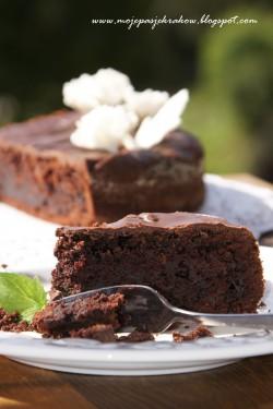 Mega czekoladowe ciasto z cukinią