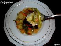 Zupa jarzynowa z ziemniakami i fasolką