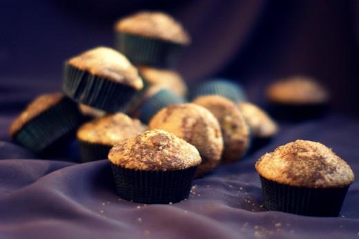 Muffiny rabarbarowe z cynamonowym cukrem