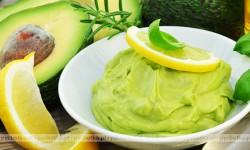 Owoce egzotyczne – Avocado