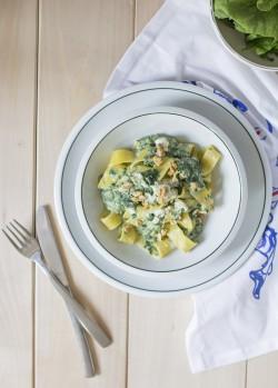 papardele ze szpinakiem i gorgonzolą