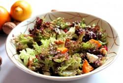 Salatka z dynii, feta, orzechow i granatu