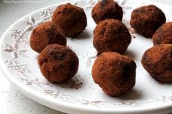 Trufelki czeko-śliwka o orzechowo-kokosowym aromacie