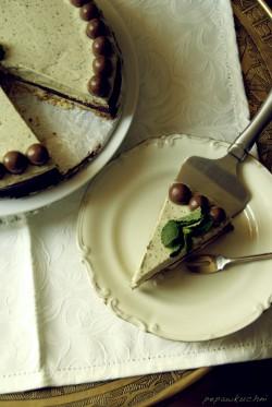 Torcik miętowo-czekoladowy.