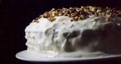 tort marchewkowy z kardamonem