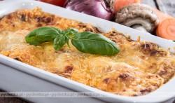 Zapiekanka z ziemniaków i rydzów lub pieczarek