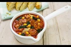 Zupa z Pomidorami, Chorizo i Jarmużem