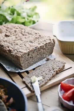 chleb orkiszowy na jogurcie