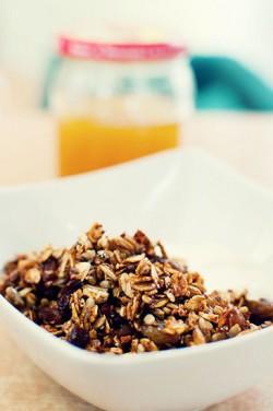 Śniadaniowa granola.