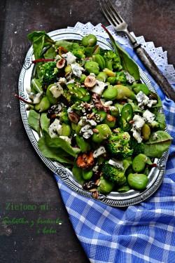 Sałatka z brokuła i bobu
