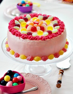 tort z dzemem i kremem budyniowym z mascarpone